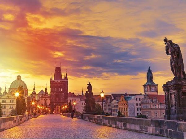 Prag Turu Türk Havayolları ile
