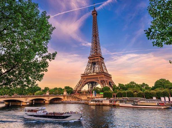 Benelux Paris Turu Atlas Havayolları ( Dus - Dus  )