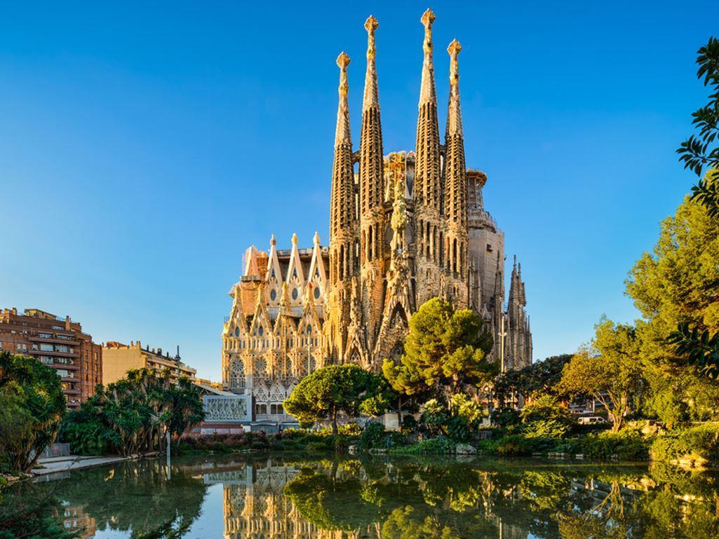 Barcelona Turu Corendon Hava Yolları ile