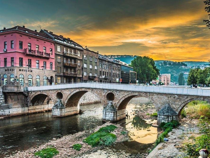 Sonbahar Dönemi Büyük Balkanlar Turu Pegasus Havayolları İle 6 Gece 7 Gün