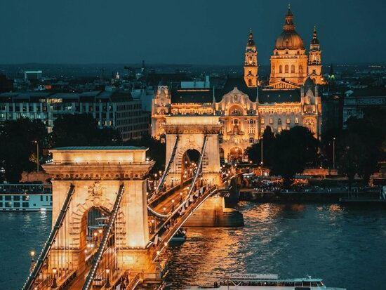 Büyük ve Yeni Orta Avrupa Turu - Pegasus Hava Yolları ile 7 Gece 8 Gün