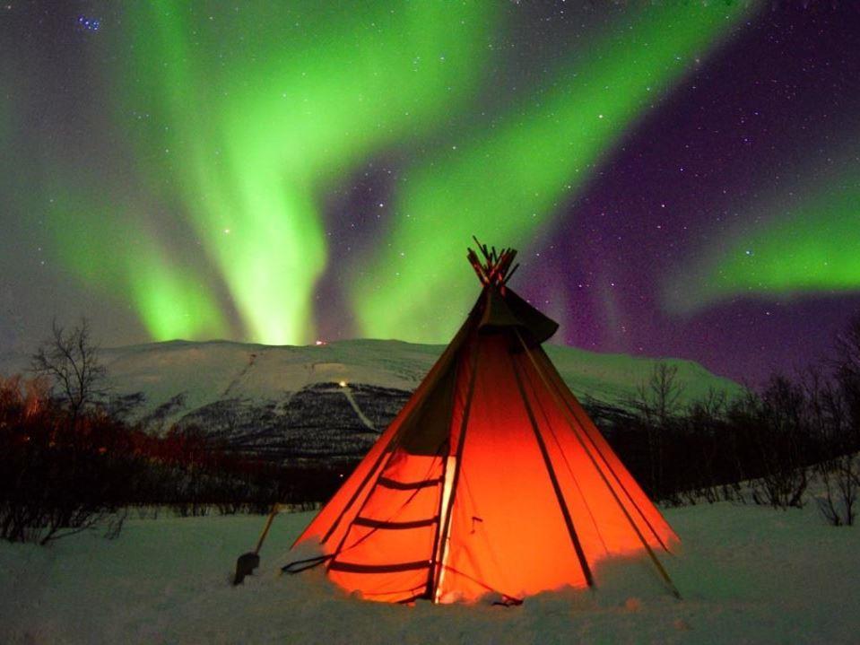 Norveç Kuzey Işıkları Pegasus Tarifeli Seferi ile 4 Gece 5 Gün
