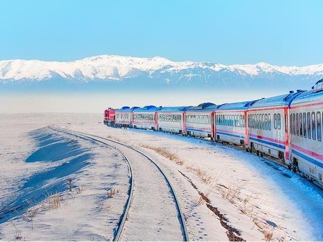 Doğu Ekspresi ile Kars Turu - 1 Gece Yataklı Vagonda, 2 Gece Kars Otelinde Konaklama (Tren ile Gidiş / Türk Havayolları ile Dönüş)
