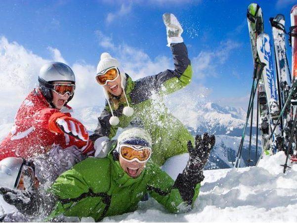 Günübirlik Uludağ Kayak Turu (KAHVALTI PAKETİ, ÖĞLE YEMEĞİ ve KAYAK TAKIMI DAHİL)